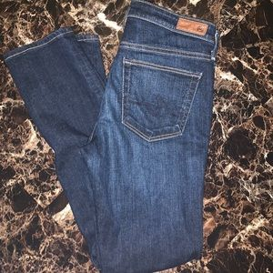 AG  the Emery essential Straight Jeans